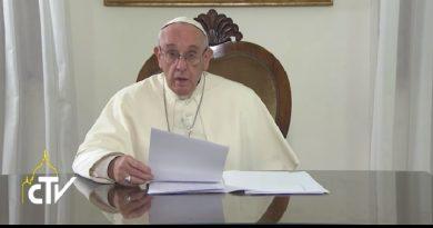 No confundir conciencia e individualismo, dice el Papa