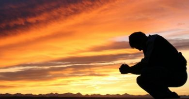 es bien importante educar a nuestros hijos en una verdadera espiritualidad