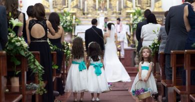 """¿Puede haber matrimonio sin fe? El Padre Mario Arroyo loduda, basándose en el documento pontificio """"La reciprocidad entre fe y sacramentos en la economía sacramental""""."""
