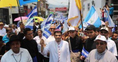 Diálogo en Nicaragua debe abordar democracia, pide la Iglesia