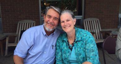 Ser católica me trae tanta alegría, dice Kimberly Scott