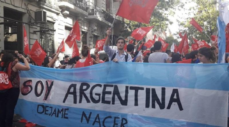 Argentina brinda una heroica batalla en defensa de la vida humana