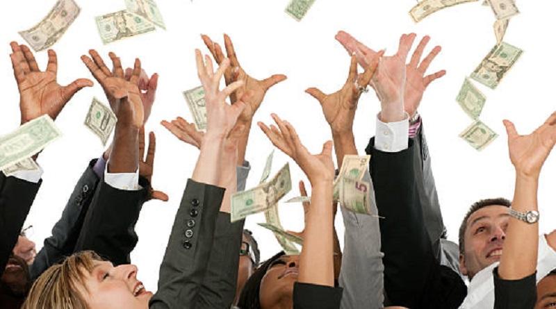 """¿Debería la Fed imprimir más dinero cuando aumenta la """"demanda de dinero""""?"""