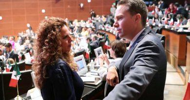 Otorga el Senado polémica licencia a Manuel Velasco