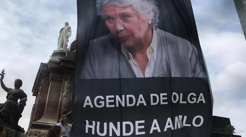 Pide el FNF a AMLO deslindarse de la agenda de género