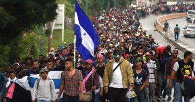 """El """"Expreso de Soros"""" o la Caravana de migrantes"""
