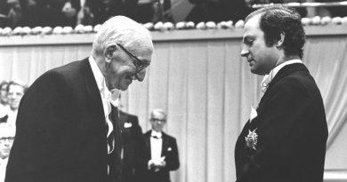 """Lo que decía Hayek acerca del """"premio Nobel"""" de economía"""