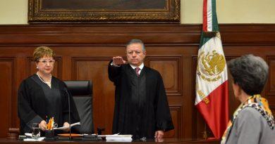 Arturo Zaldívar asume presidencia de SCJN; defenderá independencia