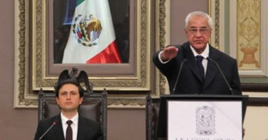Guillermo Pacheco Pulido rinde protesta como gobernador interino de Puebla