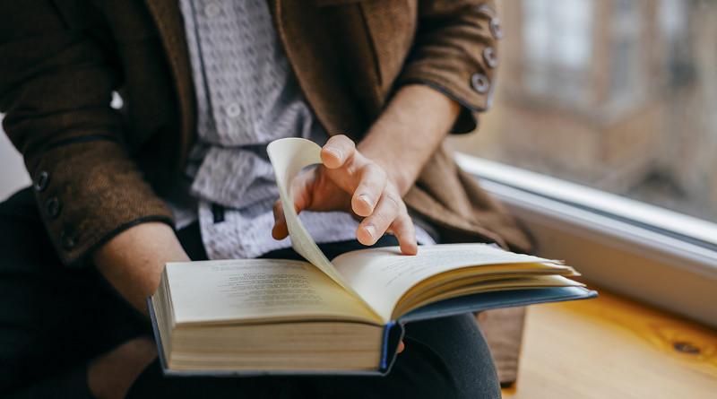Leer ayuda a matizar, a razonar y participar en el debate cultural
