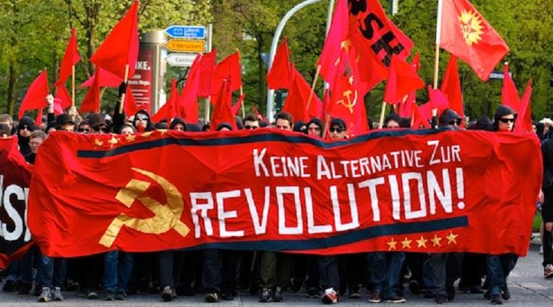El socialismo democrático y el socialismo regular tienen el mismo objetivo