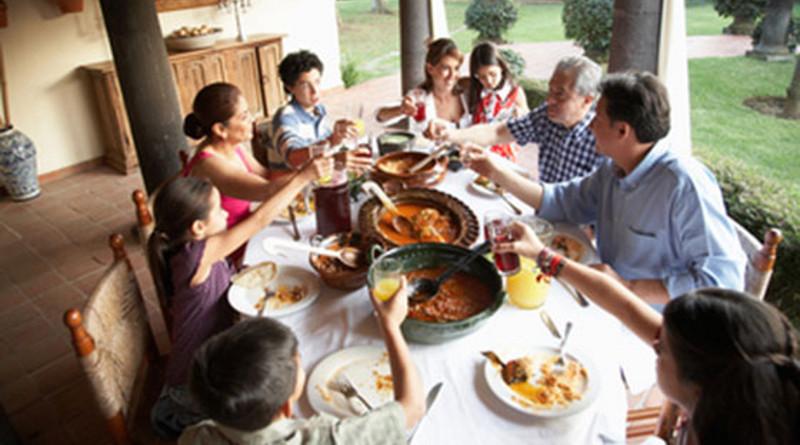 La influencia mutua de la familia y la sociedad
