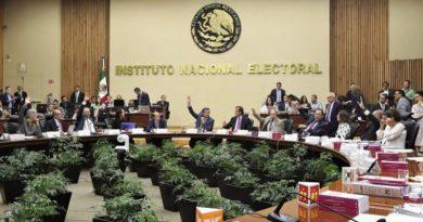 La organización ciudadana Misión Rescate México anuncia acciones para defender autonomía del INE.