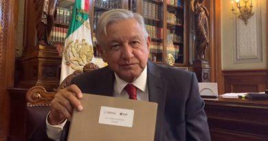 AMLO se inspira en los hermanos Flores Magón y en Lázaro Cárdenas para elaborar el PND