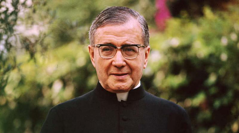San Josemaría: Padre, maestro y guía de santos