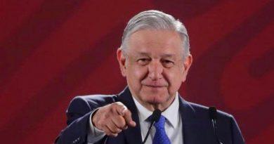 México está siendo guiado por un ciego (López Obrador)