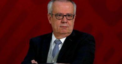 Renuncia Secretario de Hacienda; discrepa de políticas de AMLO