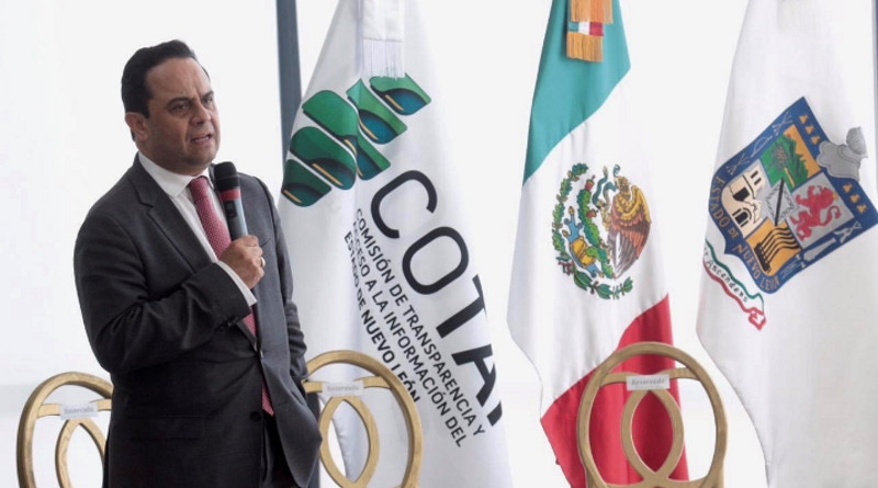 Francisco Javier Acuña Llamas, comisionado presidente del INAI