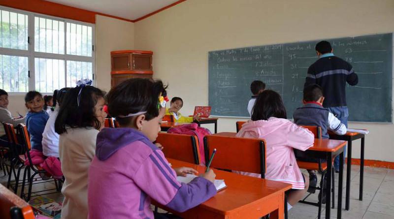 Pretende Morena control total de la educación, advierte la UNPF