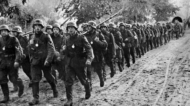 Adolfo Hitler y el inicio de la Segunda Guerra Mundial