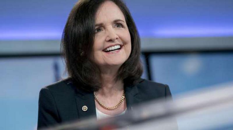 Establishment rechaza a Judy Shelton por sus críticas a la Fed