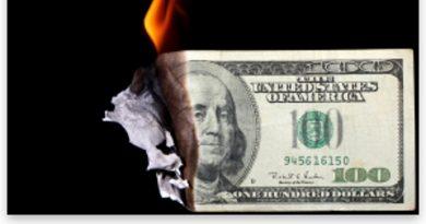 """La """"represión financiera"""" es la más reciente contribución del Estado moderno al concepto de """"mal gobierno"""""""