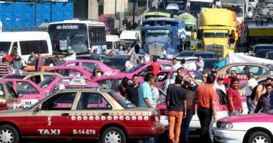Taxistas y aplicaciones. Bloqueo CDMX 2019