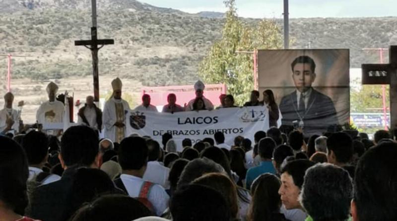 Fieles católicos renuevan Consagración de México a Cristo Rey