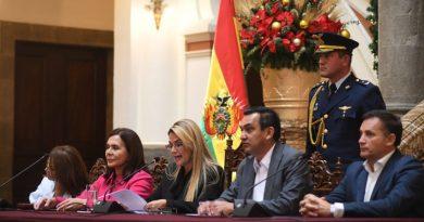 """Bolivia los declara personas """"no gratas"""" y les da tres días para abandonar el país"""