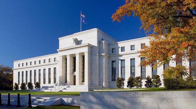 La Fed compra deuda pública para inyectar más dinero y bajar tasas
