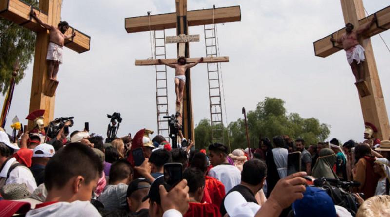 Vivamos la Semana Santa por TV e Internet con dignidad