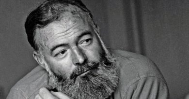 Aunque de carácter impetuoso y violento, Ernest Hemingway tenía una gran virtud: sabía escuchar y ser dócil con las personas eruditas