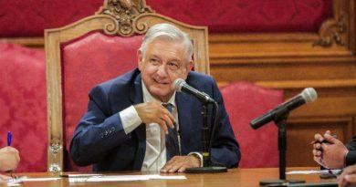 Señor presidente López Obrador, detenga su perversa estrategia para imponer sus malévolos planes dictatoriales en México.