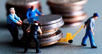 """""""Dinero, crédito bancario y ciclos económicos"""", de Jesús Huerta de Soto, es el trabajo más importante sobre dinero y banca que aparece desde 1912."""