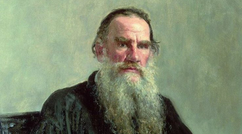 """La postura de León Tolstoi sobre """"la resistencia pacífica"""" y """"la no violencia"""" influyó en forma determinante en Mahatma Gandhi, en Martin Luther King y en muchos otros pensadores."""
