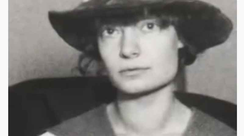 Dorothy Day (1897-1980), una mujer feminista, luchadora social, defensora de los desempleados, las mujeres, las personas de color y los pobres, conversa al catolicismo.