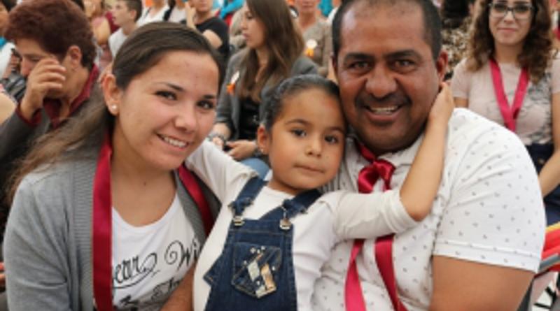 Padres de Jalisco rechazan adoctrinamiento de sus hijos en las escuelas