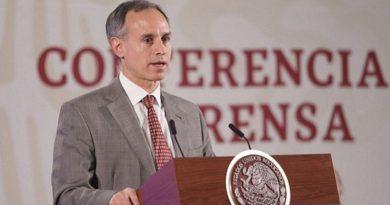HugoLópez-Gatell felicitó y alentó aldiputadolocal Horacio Sosa Villavicencio a impulsar la prohibición.
