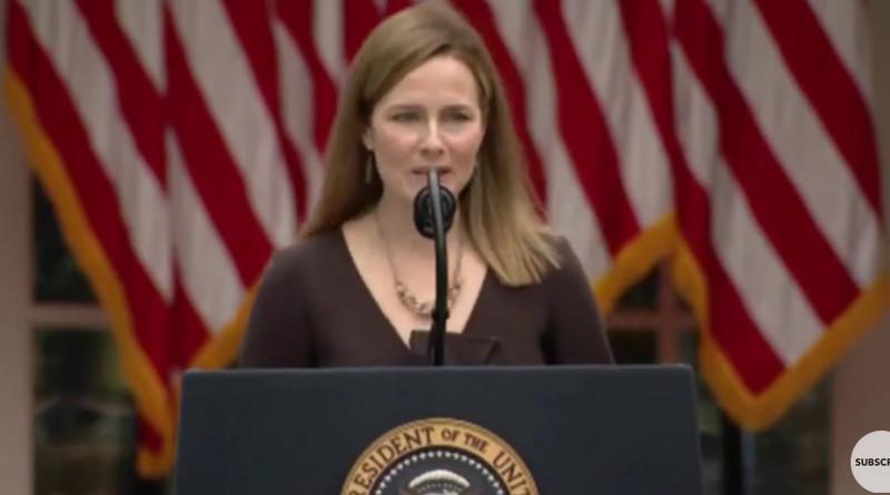 Donald Trump presentó a su candidata Amy Coney Barrett para ocupar el puesto en la Suprema Corte de Justicia, que dejó vacante Ruth Bader Ginsburg, icónica defensora de la mujer. La candidata de Trump es también una mujer icónica, casi podríamos decir, la antítesis de su precedente.