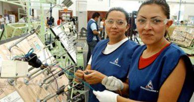 La recesión económica y la lucha contra el Covid-19 está afectando derechos laborales de las mujeres mexicanas, revela un estudio del IPL.