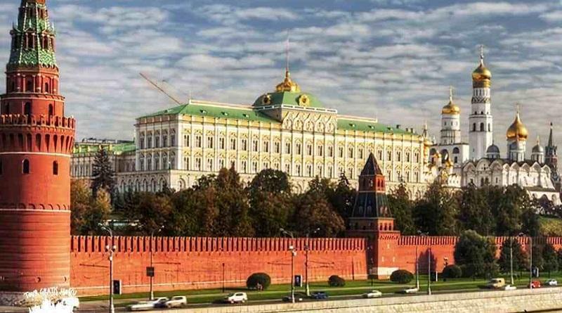"""Vladimir impulsa estrategia para """"desdolarizar"""" la economía y hoy sus reservas mayoritarias son oro y euros."""