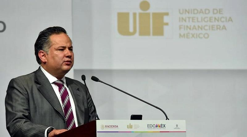 Desde el poder se instrumentan las estructuras de gobierno para armar casos legales y se compran aliados en los medios para operar una pinza en contra de quienes expresan sus diferencias políticas con el gobierno de Andrés Manuel López Obrador.