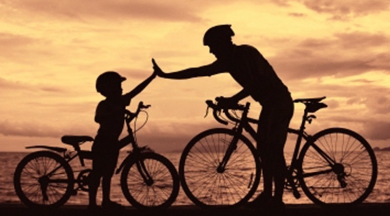 Los buenos hábitos se adquieren con el ejemplo de los padres.