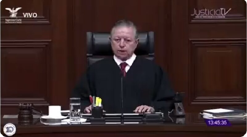 El ministro presidente de la Suprema Corte de México, Arturo Zaldívar, subraya que el criterio aprobado por la Corte sobre el aborto en Coahuila, deberá ser seguido por todos los jueces de México.