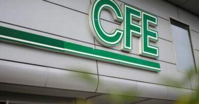 El presidente de la Asociación ConComercioPequeño, Gerardo Cleto López Becerra, demanda que la CFE liquide un adeudo por poco más de medio millón de pesos a una de sus empresas agremiadas.